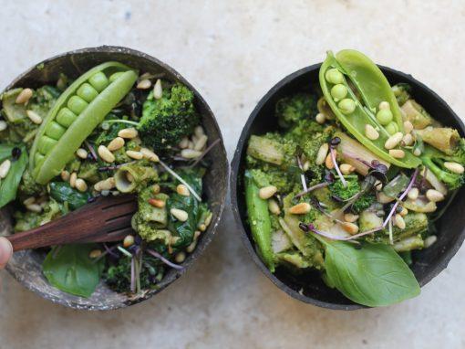 Super green pesto pasta