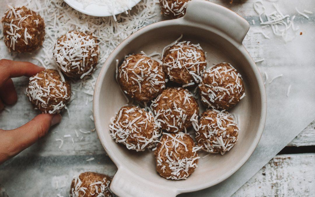 Lemon and tahini bliss balls