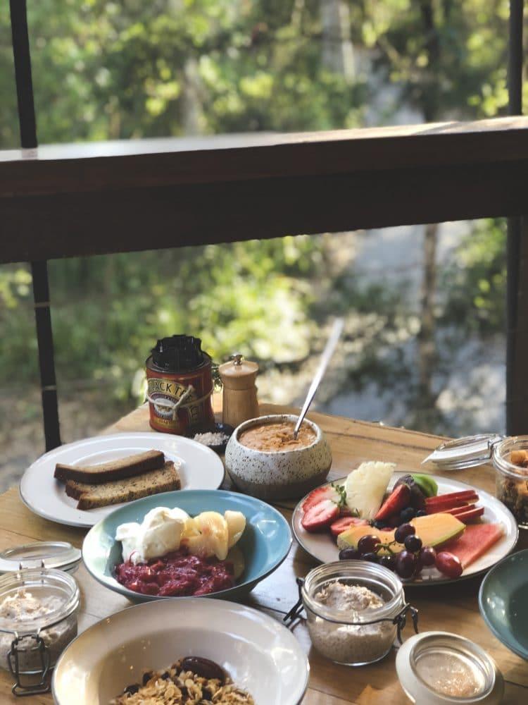 Buffet breakfast paperbark camp