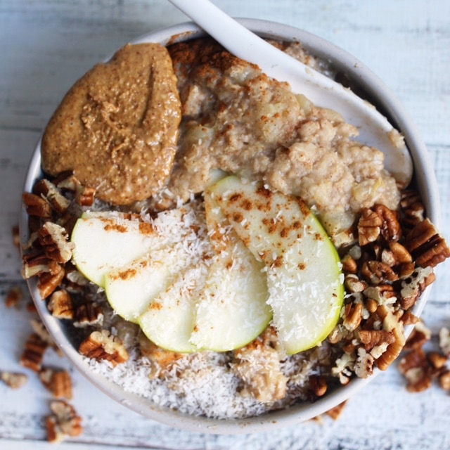 Warming apple and cinnamon oats