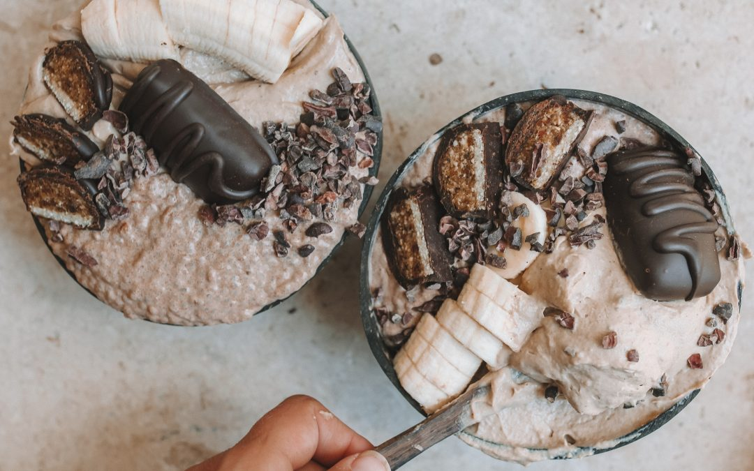 Chocolate chia and caramel nicecream