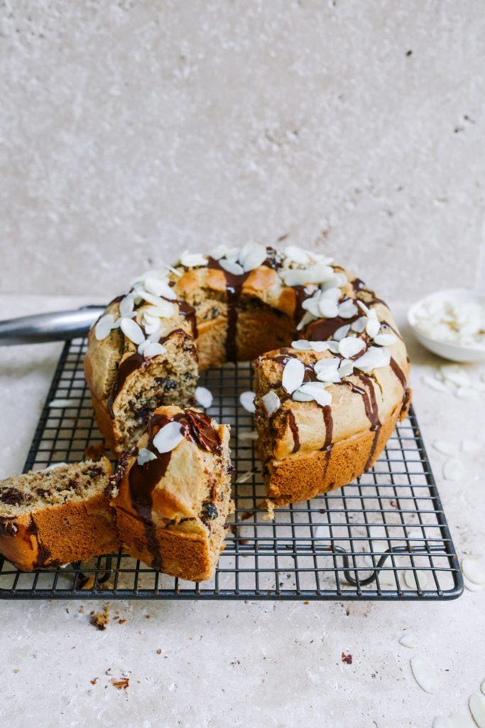 Hot cross bun cake, gluten free dairy free sugar free